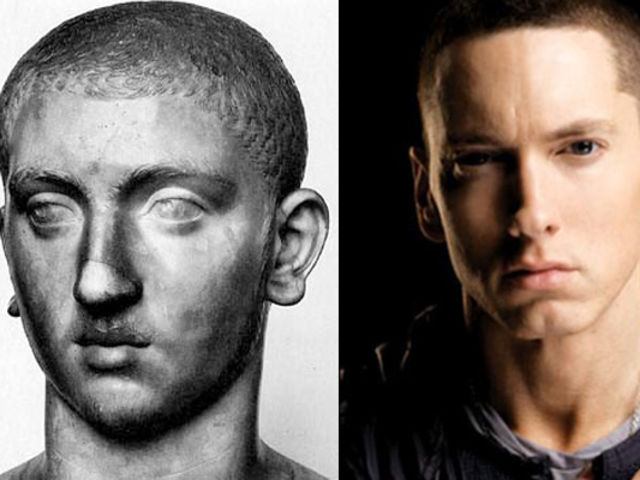 Eminem-and-this-statue