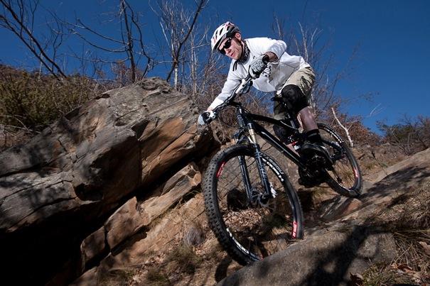 Mercedes-Benz-Mountainbike-All-Mountain
